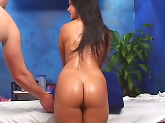 Brunette babe has say no to shaved carry off fucked overwrought a big dick
